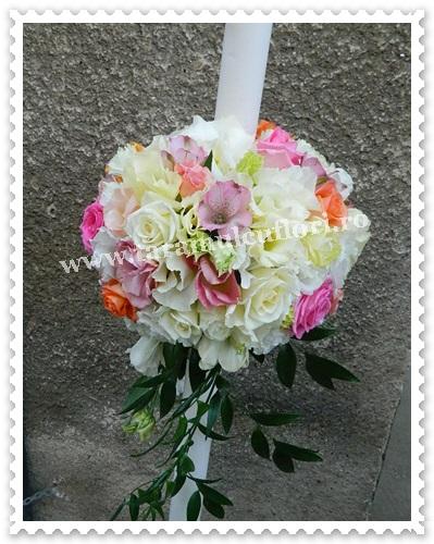 Lumanari de nunta cu hortensie si trandafiri colorati 7481